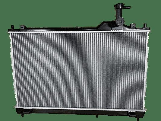 Radiador agua Outlander 2.2 Diesel Automatica 2015 /